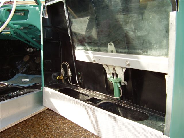 A90 Atlantic Side window Lifter Hydraulic